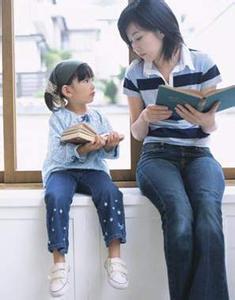 孩子阅读爱好养成离不开父母以身作则