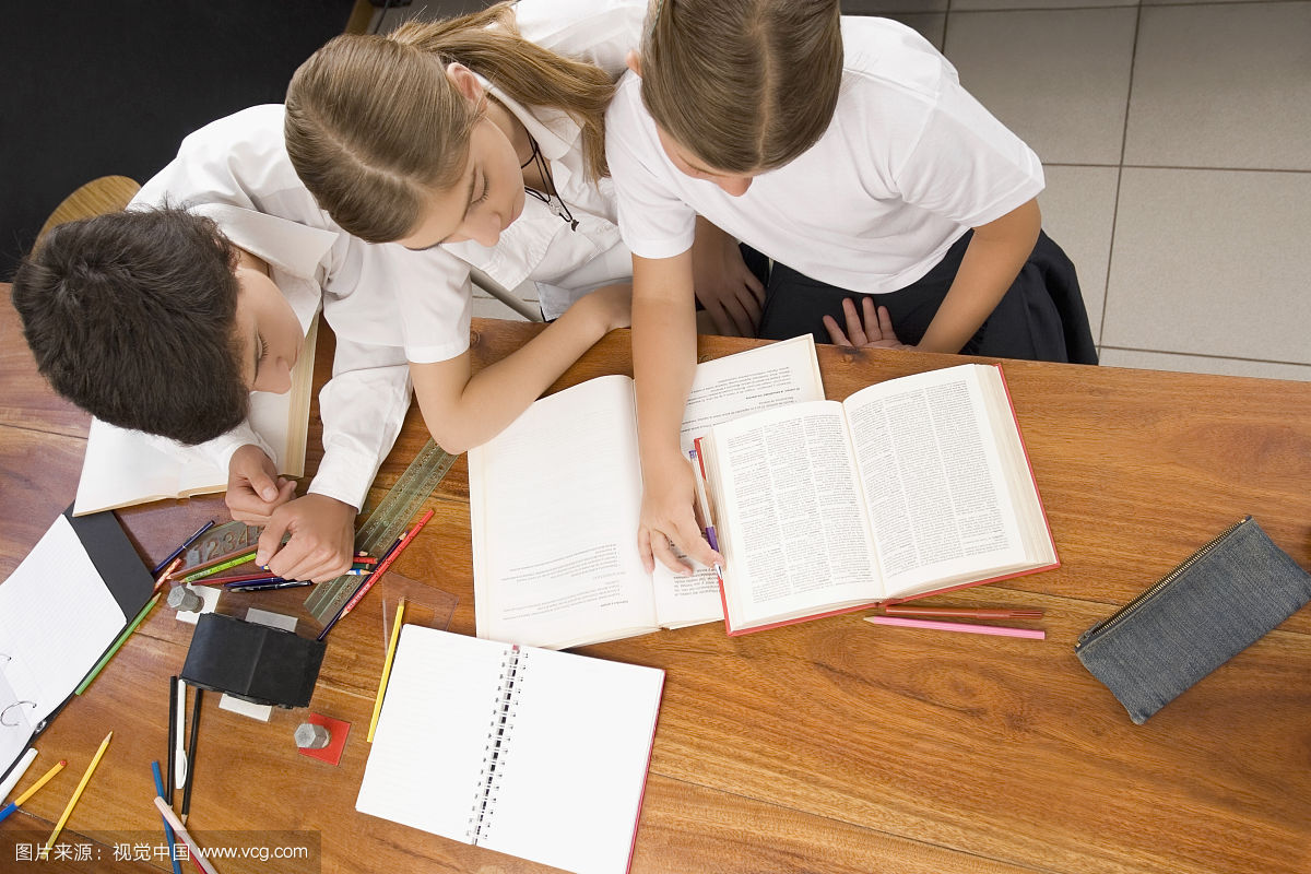 比起上补习班家长更应该培养孩子最佳学习习惯
