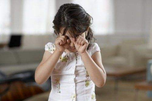 避免让你的孩子成为易被同龄人孤立的五种类型