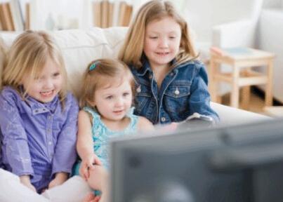 如果你能让孩子12岁前不看电视 他将终生受益