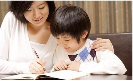课外作业全球看:外国孩子自己做 家长靠边站