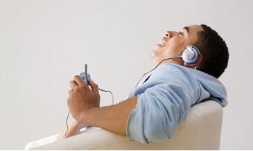 推荐听力练习4步走 誓将雅思听力材料物尽其用