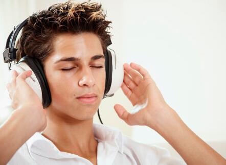 """克服雅思听力语音不全 考生先从""""我""""做起"""