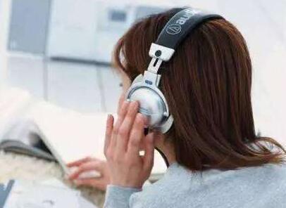 托福听力提高终极方法 踏踏实实听写和背单词