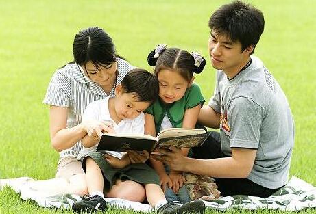 家庭教育成中国父母最大短板 家长普遍忽视