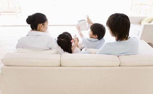 调查发现超九成孩子认为父母没时间陪自己