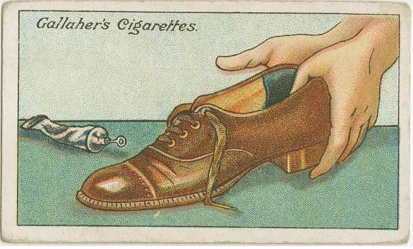 双语:100年前的生活妙招 如何整治松松垮垮的鞋子