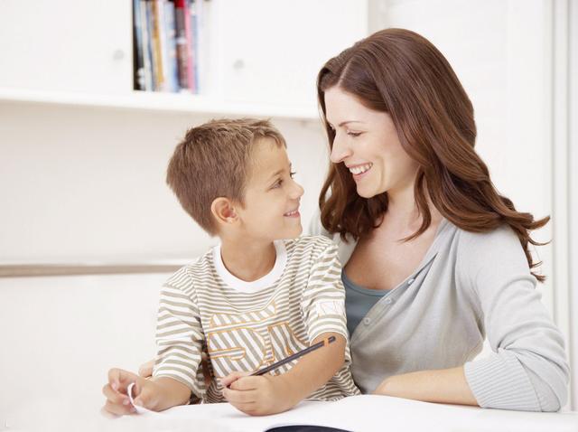 家长教育:不要让孩子承受的六种矛盾教育
