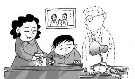 父亲缺失 中国式的家庭教育有过半家庭是母亲抓教育