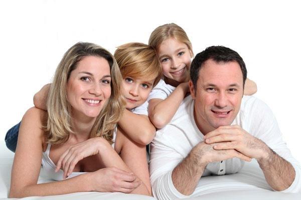 想要培养幸福 成功的孩子 作为父母需要爱和智慧