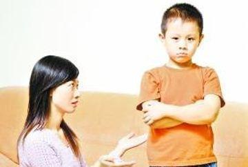 单亲孩子的性格缺陷怎样避免,听听专家怎么说