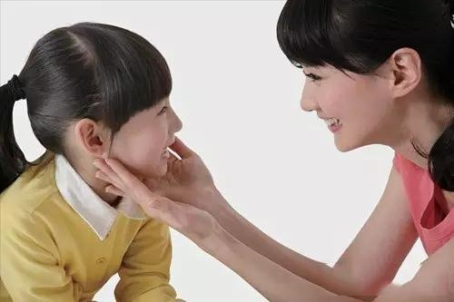 八个技巧让孩子们能够愉快接受父母观点