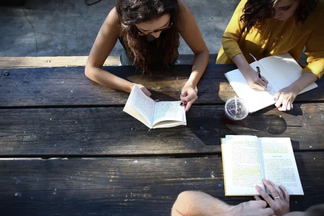 致迷茫的留学生:傻傻努力是廉价品,锻炼眼光和格局才是正事