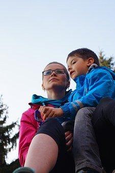 家长必看:教育孩子最好的沟通方式,是共情